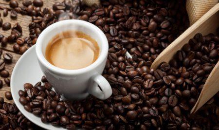 La meravigliosa storia completa del caffè e delle sue origini